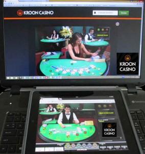 met laptop en tablet spelen bij (... online casino...)